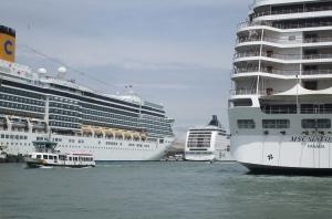 La Seguridad Integral en las infraestructuras portuarias y los cruceros, por Manuel Sánchez Gómez-Merelo
