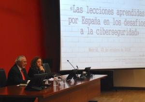 """""""Las lecciones aprendidas por España en los desafíos a la ciberseguridad"""", conferencia impartida por María del Mar López del Departamento de Seguridad Nacional de la Presidencia de Gobierno (España)"""